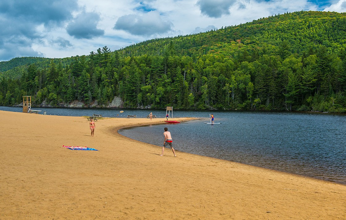 Summer and fall activities tourisme saint donat for Lac miroir mont tremblant